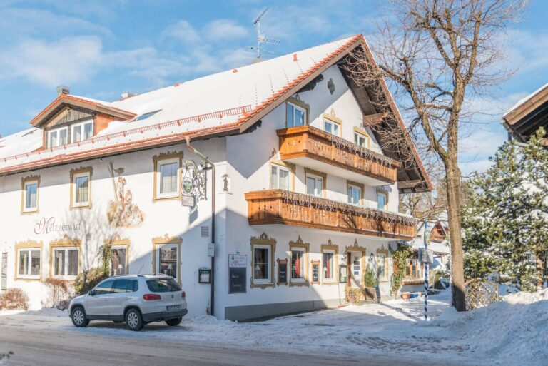 Hotel Restaurant Metzgerwirt Bayersoien Haus Im Winter