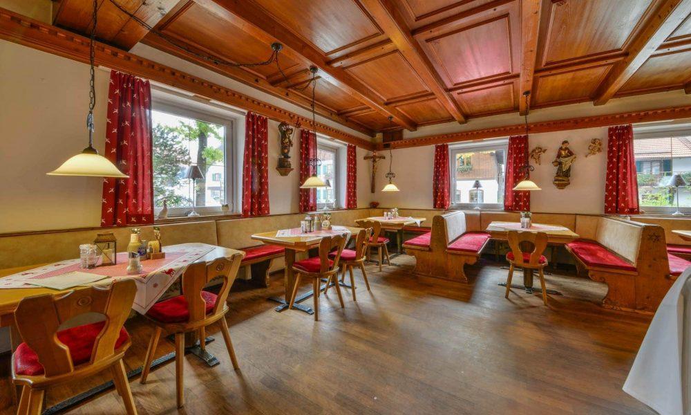 Hotel Restaurant Metzgerwirt Bayersoien Traditionelle Gaststube